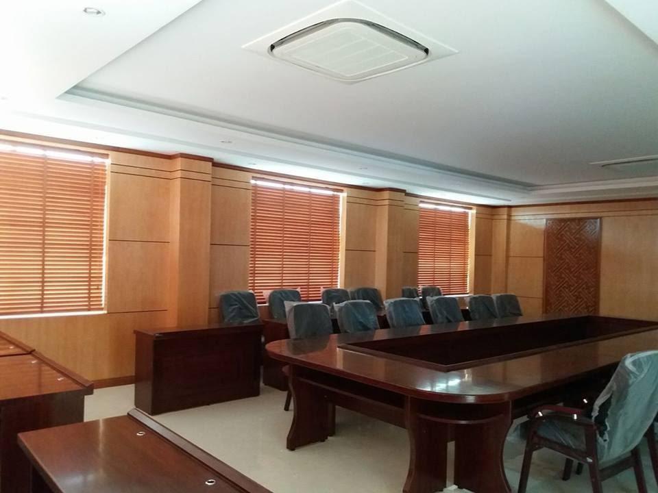 rèm gỗ văn phòng