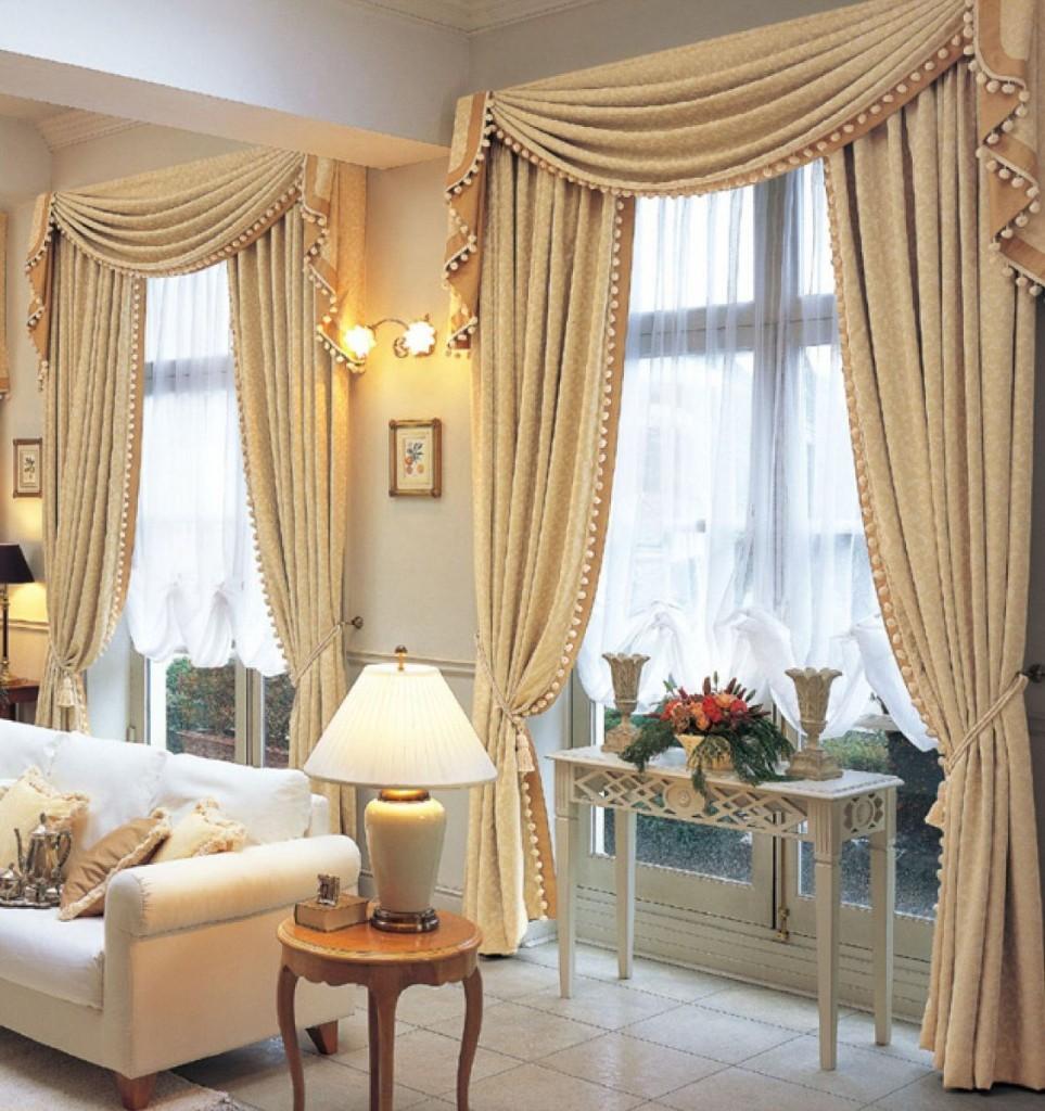 chọn rèm cửa phòng khách sang trọng và ấm cúng