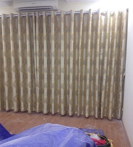 Rèm vải hoa văn cổ điển mang lại nét đẹp cho không gian nhà bạn